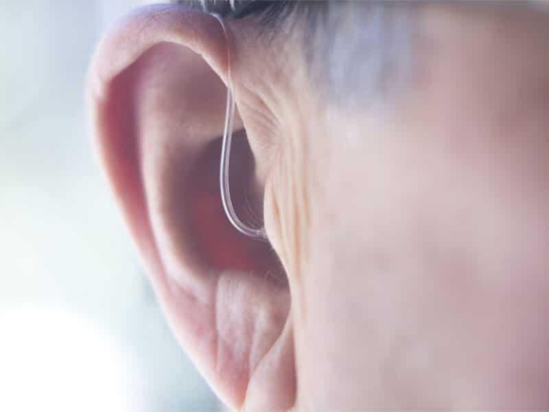 aparelhos auditivos nao curam